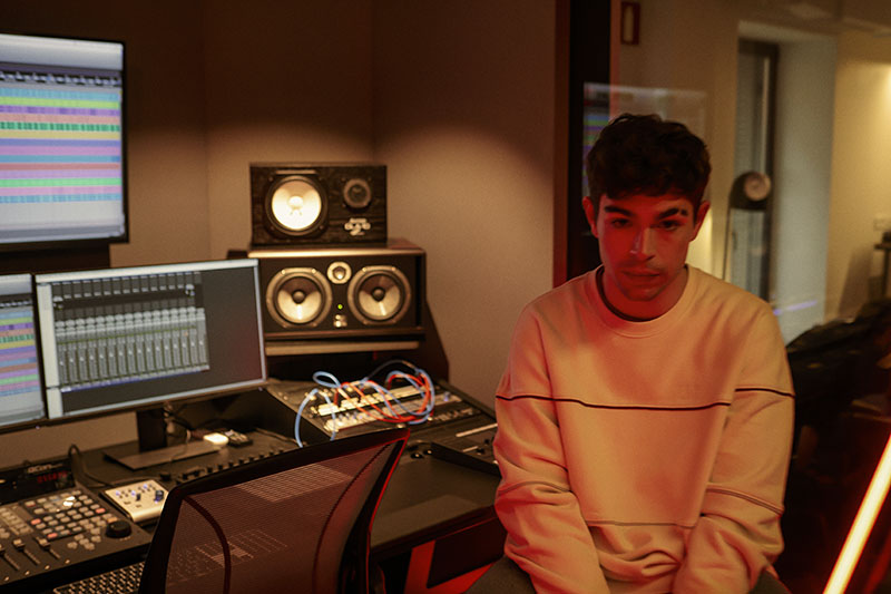 Levi's Music Studio ft. Soge Culebra, Santa Salut y Luck