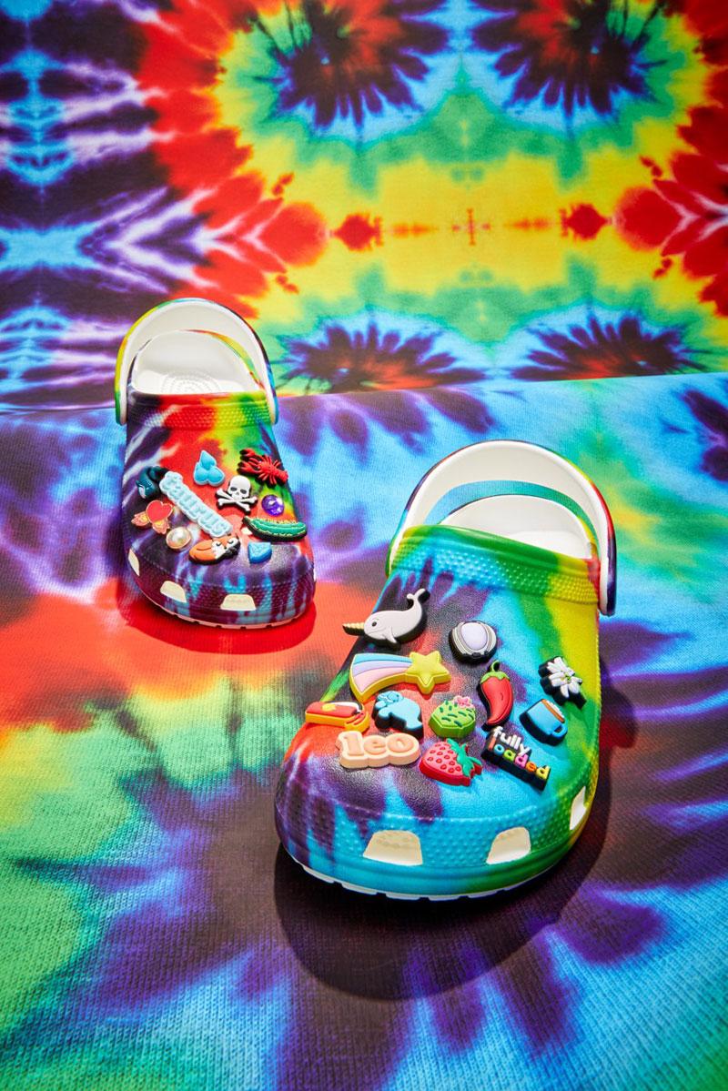 Crocs Tie Dye, los zuecos más hippies de la historia