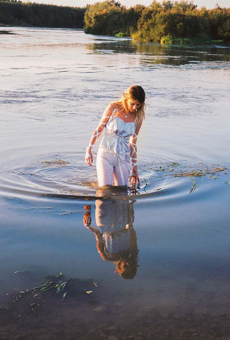 Olalla.lux presenta su electro pop mágico