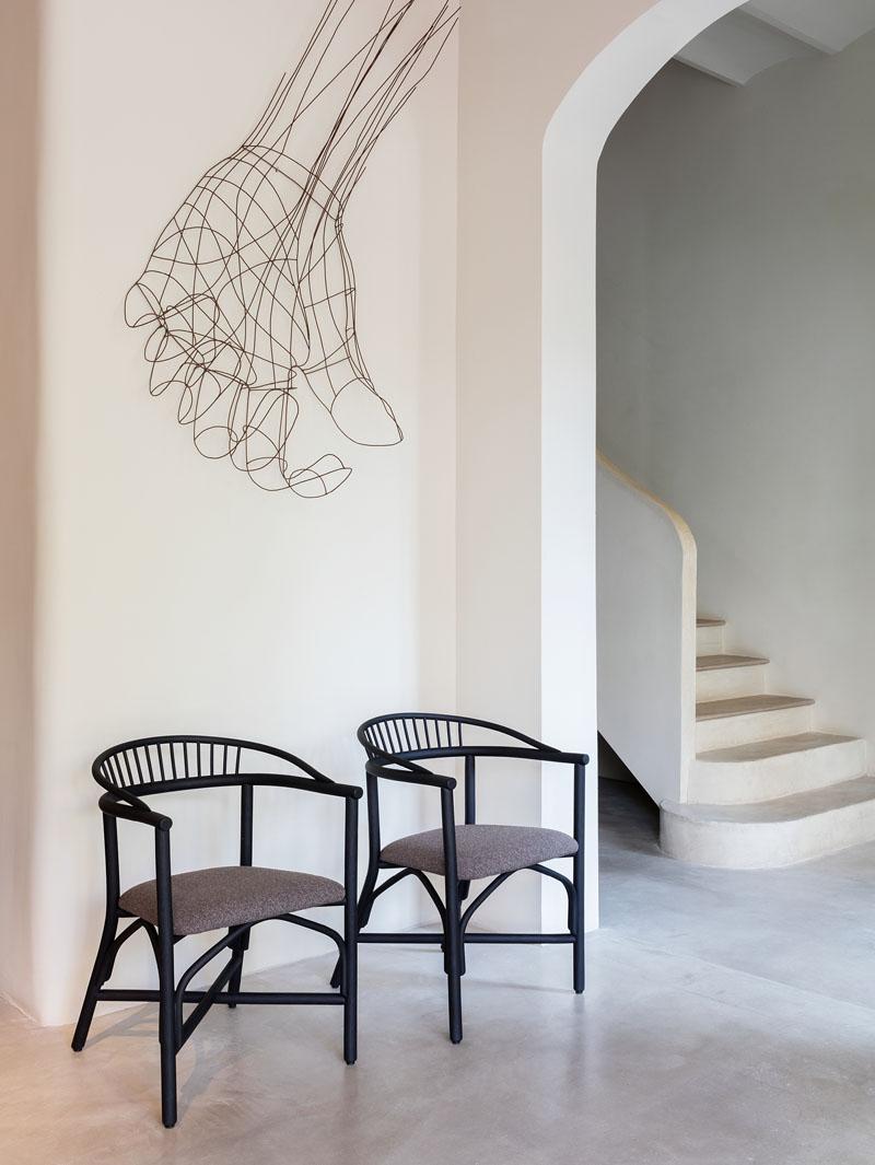 Silla Altet: un clásico renovado por Studio expormim