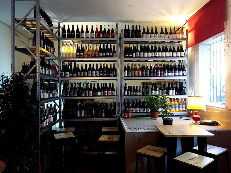 Bar La Cruda (o lo que sea): vino natural y libertad