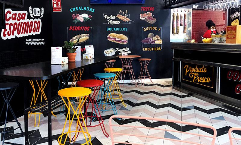 Casa Espumosa: un nuevo bar de siempre en Prosperidad