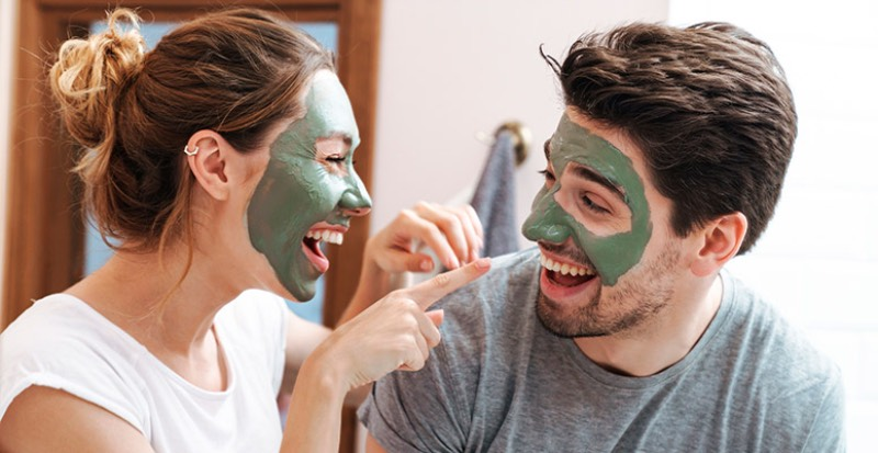 Clarins y la cosmética sin género: un cuidado neutral