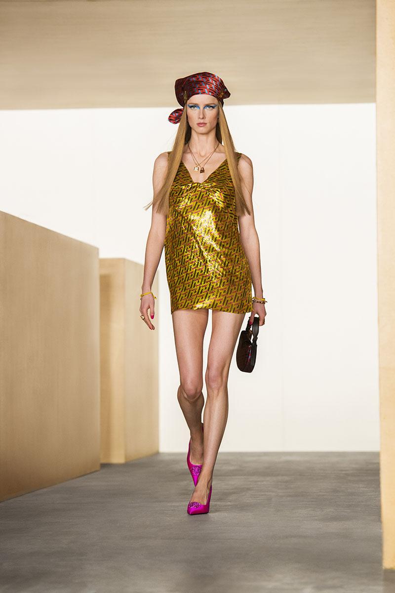 Versace FW21: Step Inside La Greca