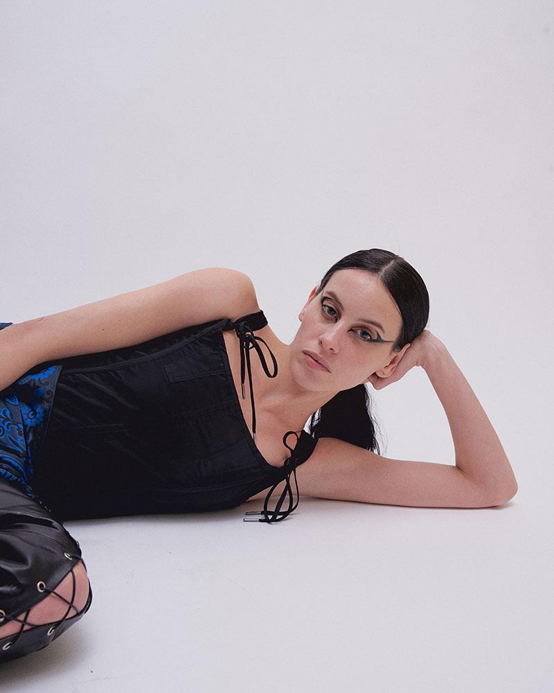 Entrevistamos a Milena Smit, la nueva chica Almodóvar