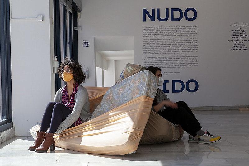 Entrelazados vitales: 'Nudo Nido' en la Sala de Arte Joven