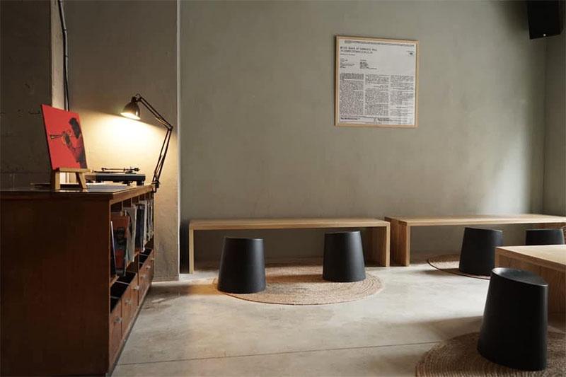 Proper Sound Café: café, vinos naturales y sonido hi-fi