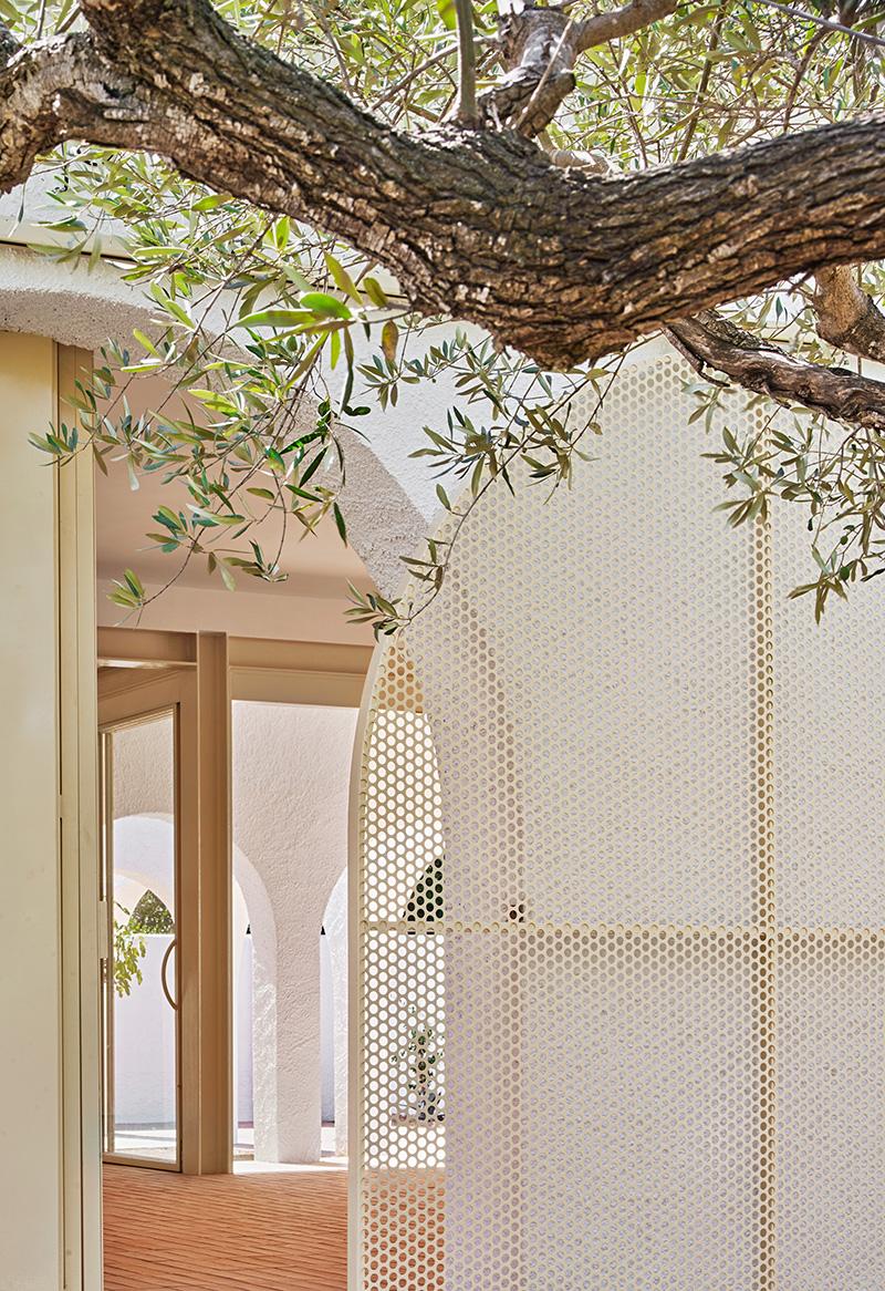 Las Tres Marías, una casa mediterránea por Bajet Giramé