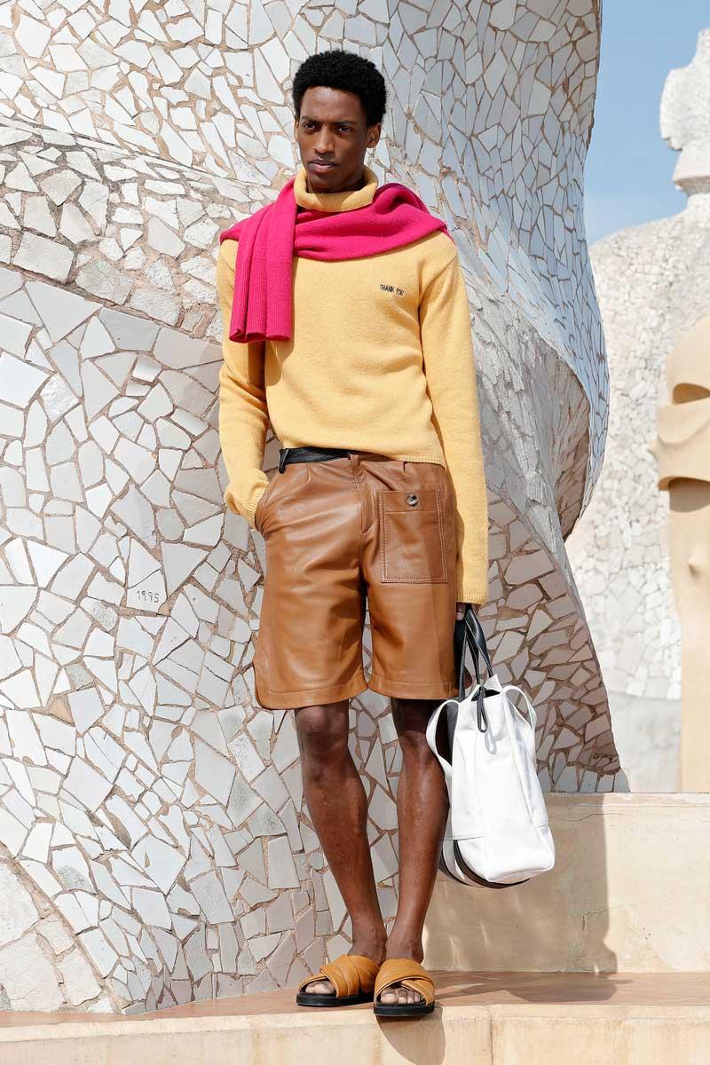 Pablo Erroz por las nubes en 080 Barcelona Fashion 2021
