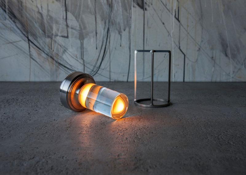 Lámpara portátil Turn+ de la marca japonesa Ambientec