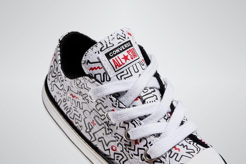 Converse se convierte en el nuevo lienzo de Keith Haring