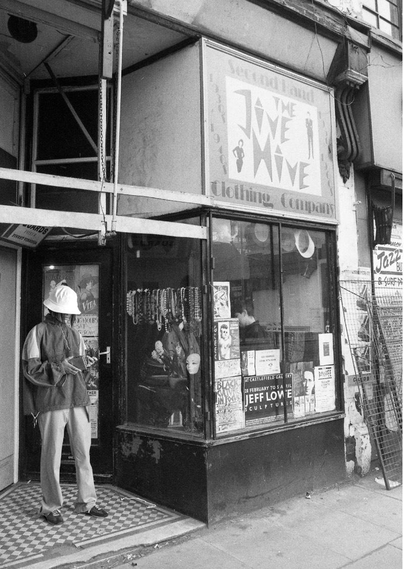 Levi's Vintage 2021: un homenaje al Manchester de los 80