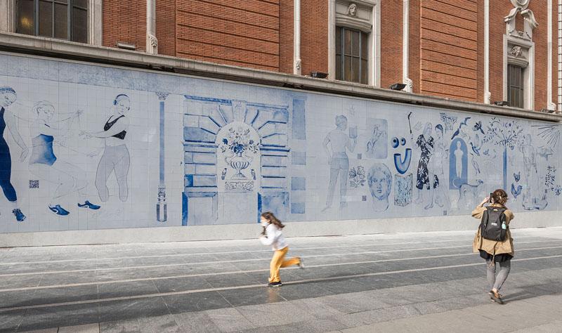 Los Bravú intervienen el Palacio de la Música de Madrid