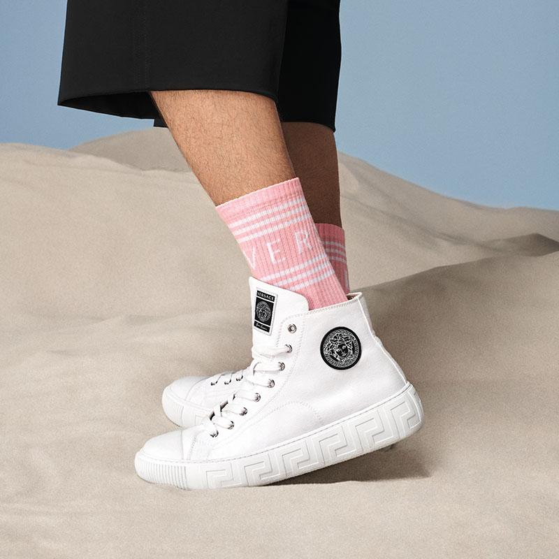 Descubre la nueva Versace Greca Sneaker SS21