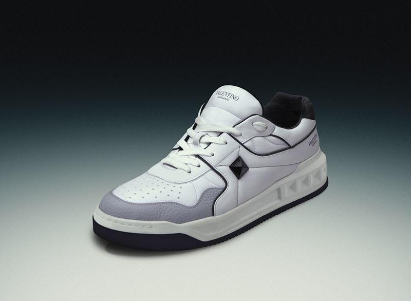 Valentino presenta sus nuevas sneakers de estilo retro