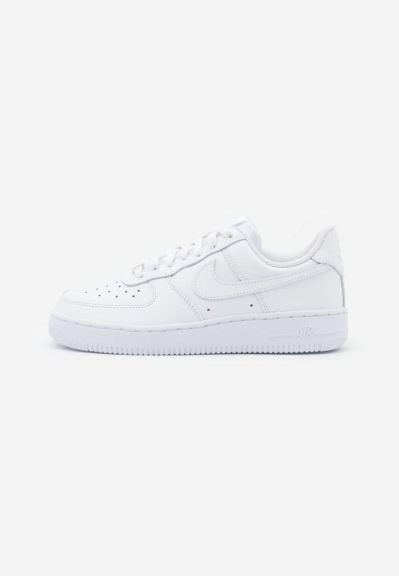 Una de las personas que más sabe de sneakers para mujeres