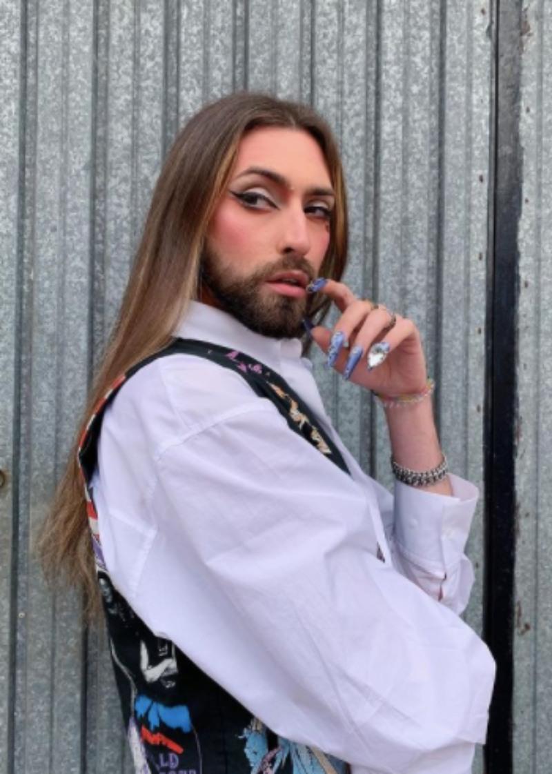 El colectivo LGTBQIA+ entiende y difunde una moda real