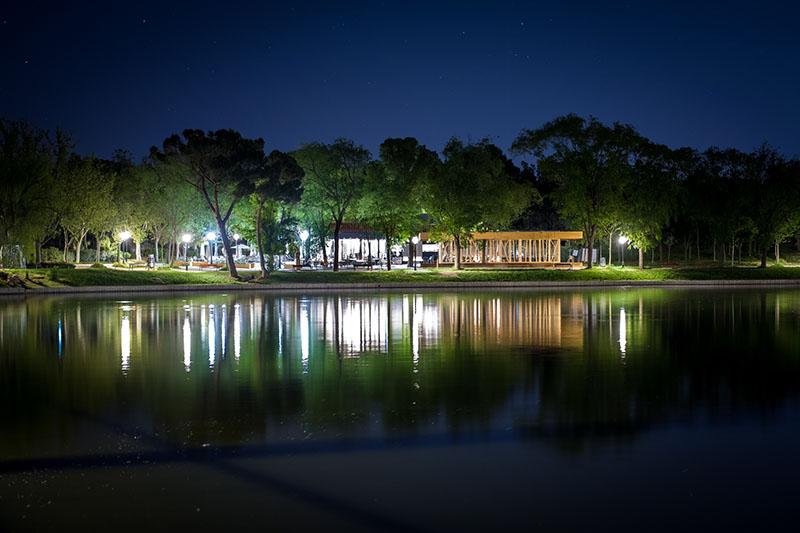 Terraza Villa Verbena: piparras y noches en el lago
