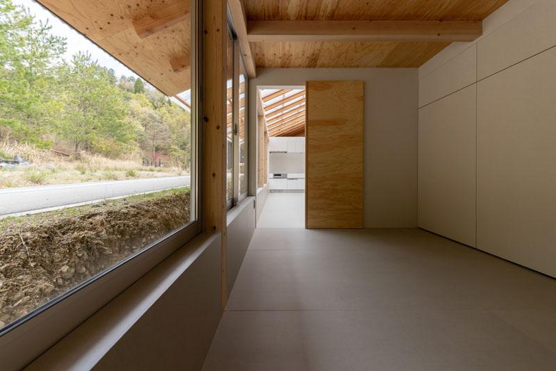 Casa de Yasuyuki Kitamura: Naturaleza, belleza y economía