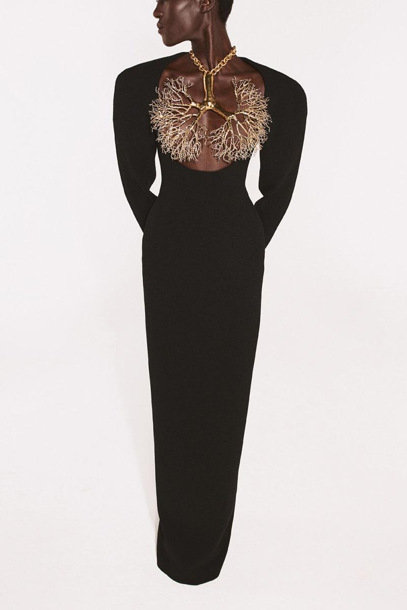 Schiaparelli Alta Costura FW 21-22: inspiración taurina