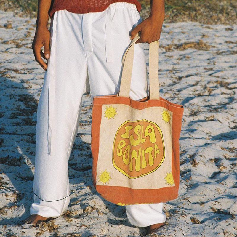 TwoJeys presenta su colección más chill: Isla Bonita