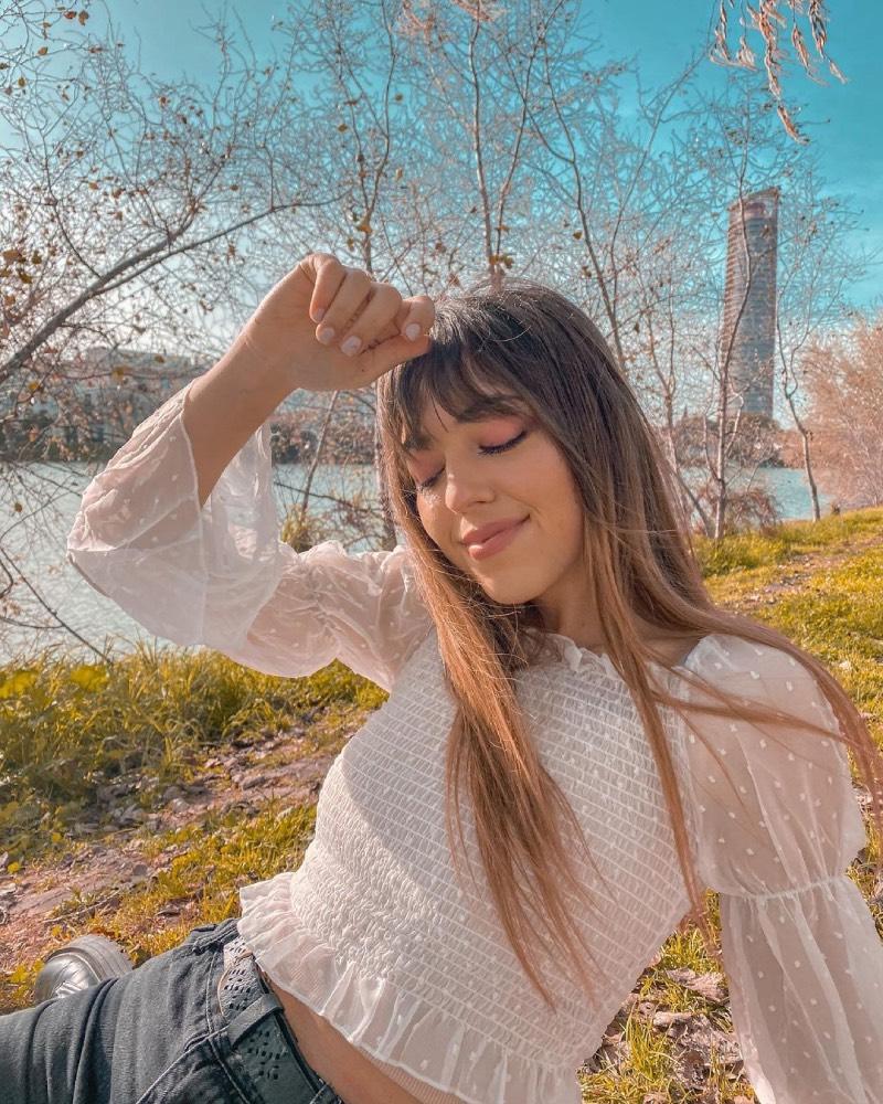 Violeta West, la youtuber que ha encandilado a Carlos Ríos