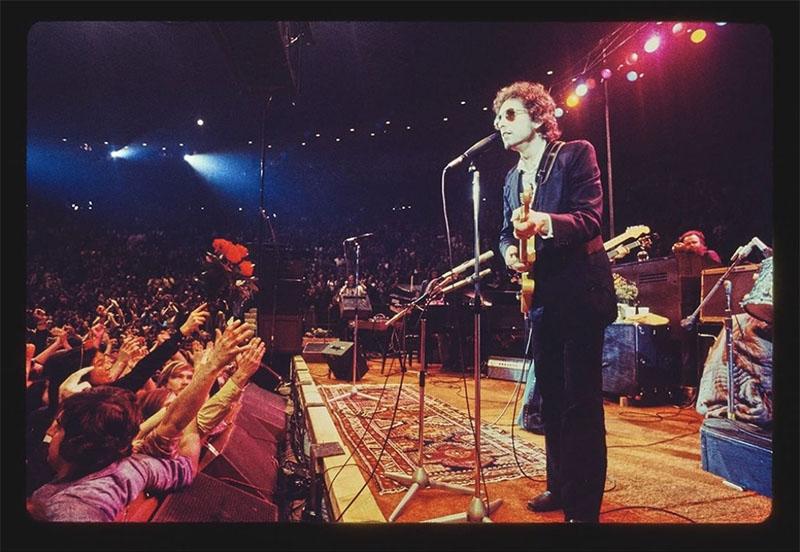 Bob Dylan acusado de abusar sexualmente de una niña en 1965
