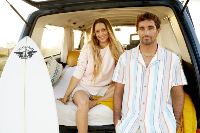 Dockers Love Water More junto a Maud Le Car y Joan Duru