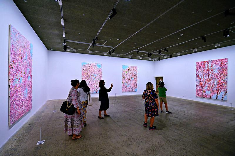 'Cherry Blossoms' de Damien Hirst @ Fundación Cartier Paris
