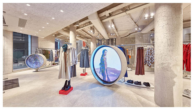 La tienda más futurista de Bershka está en Preciados