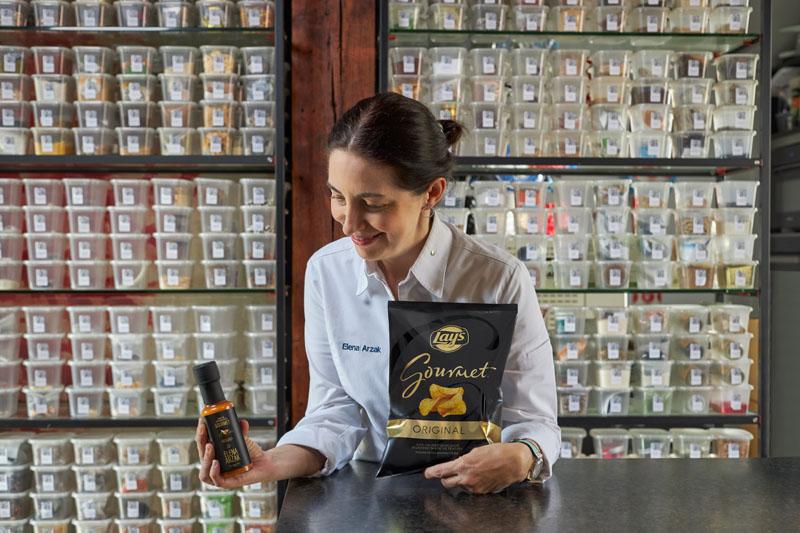 Lay's junto a Elena Arzak lanza la Salsa Aperitivo Gourmet