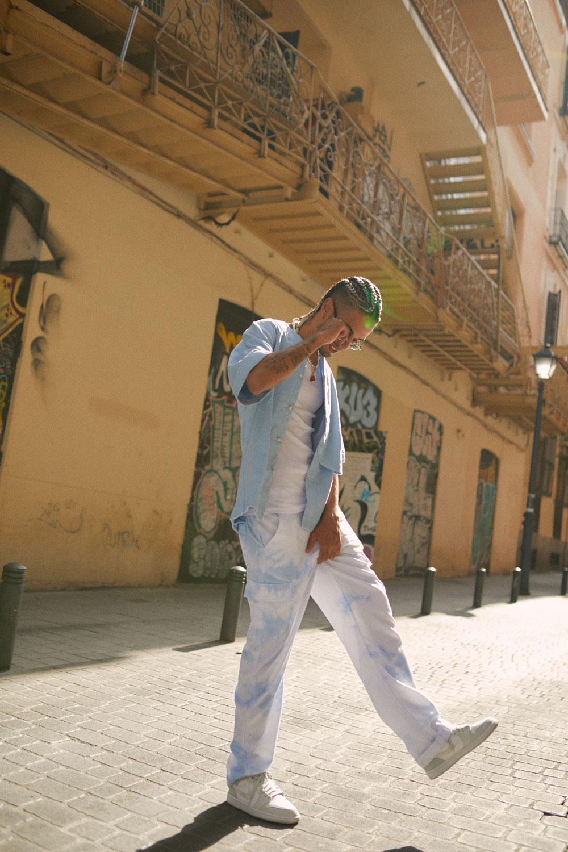 El Ima: versatilidad en la música y en la moda con Zalando