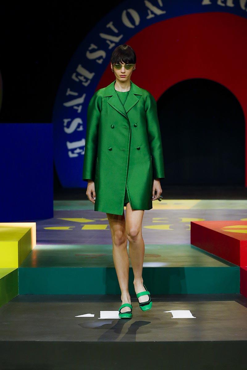 Dior SS22, la colección femenina que reinterpreta los 60