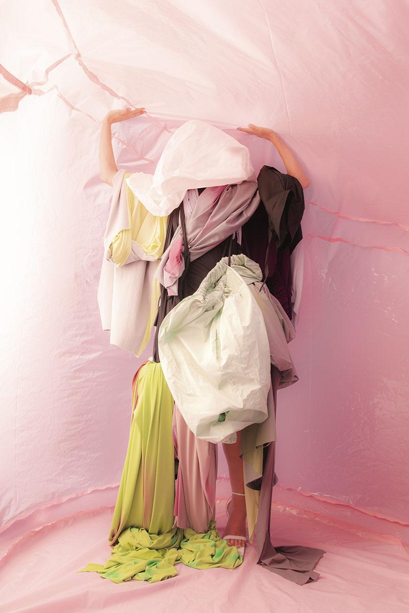Ernesto Naranjo SS22 en la Semana de la Moda de Madrid: 008