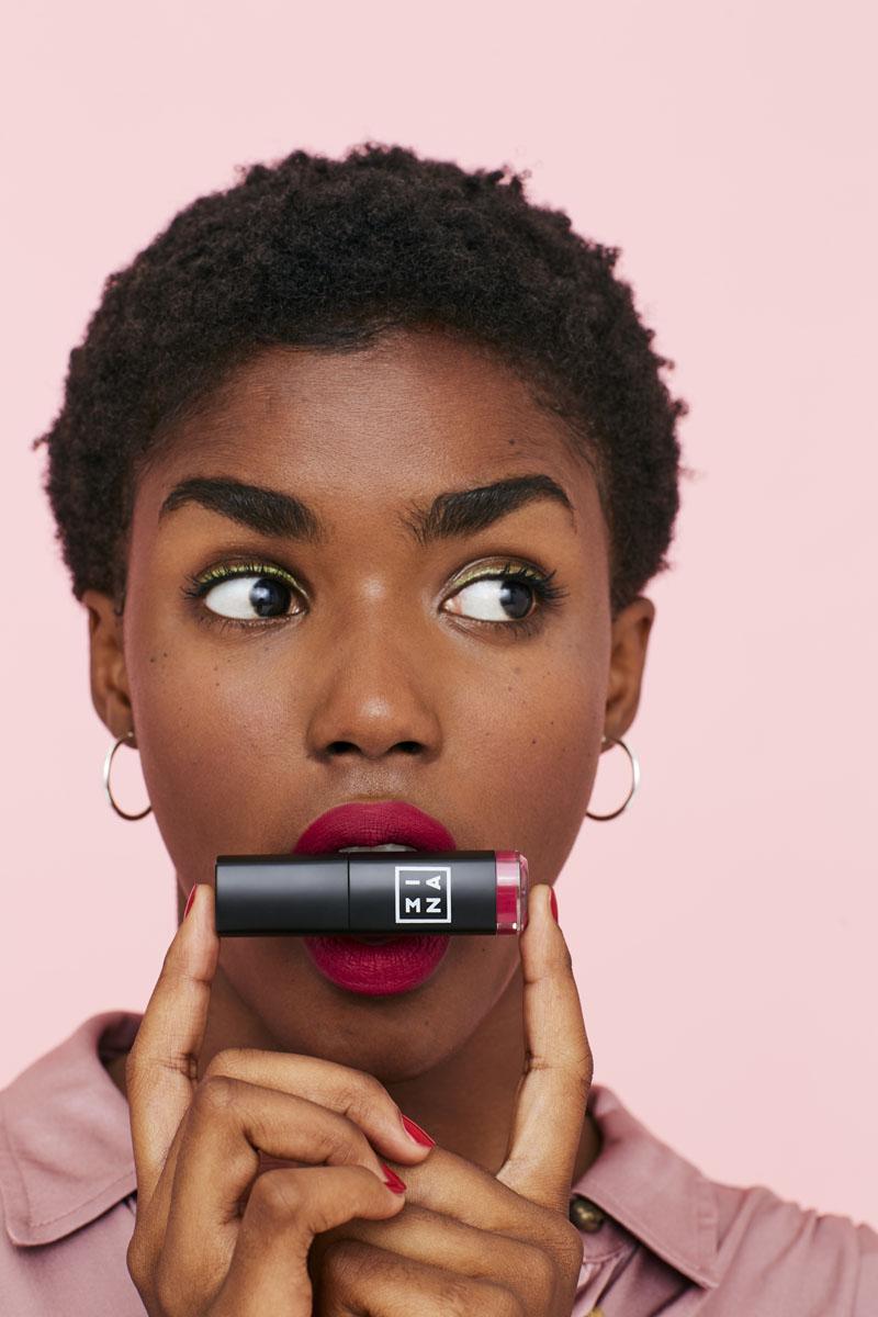 Pintalabios Infalibles: Longwear Lipstick de 3INA