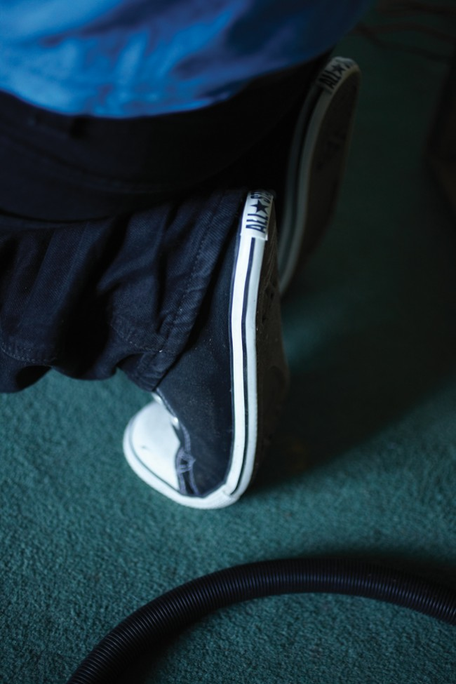 V CONVERSE IS ON, UP & IT