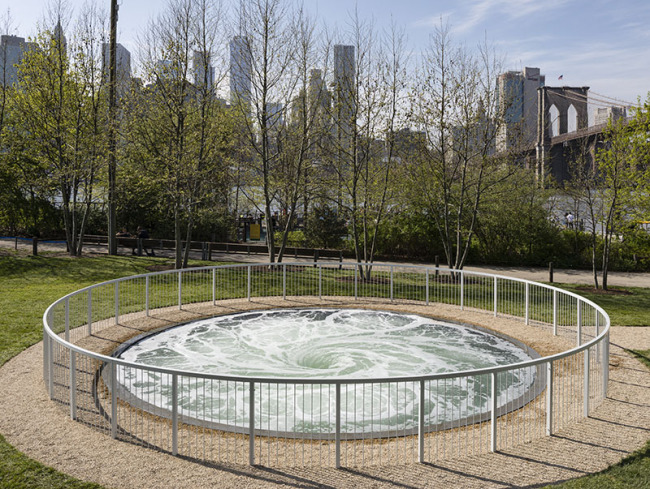 Anish Kapoor: Descension