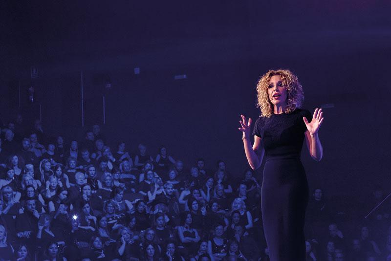 Chiara, Directora Creativa de I.C.O.N.