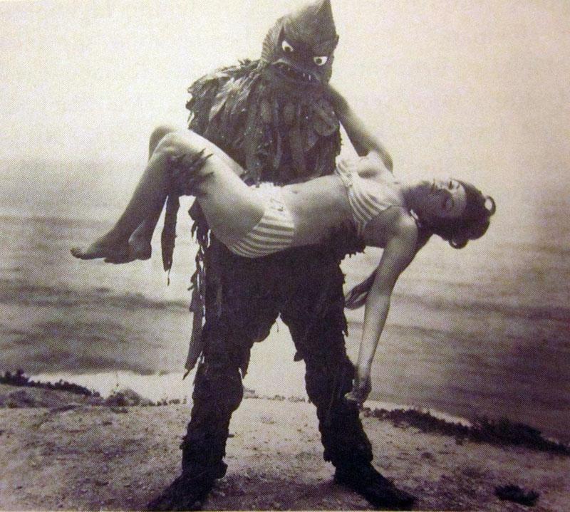 CineCutre-en-vivo-monstruos-marinos-playero CineCutre En Vivo: Monstruos marinos