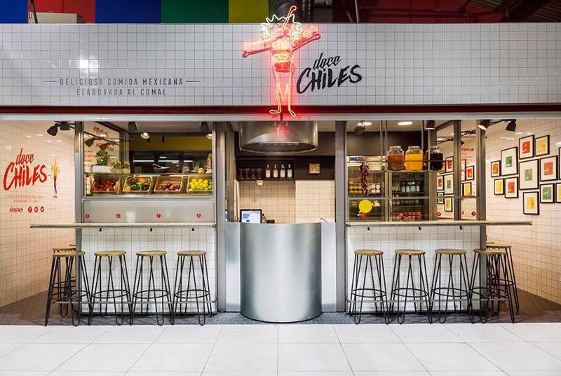Doce Chiles: la taquería street food del Mercado de la Paz
