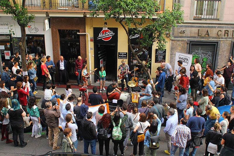 Gaztapiles en Madrid: Tapas, música y arte