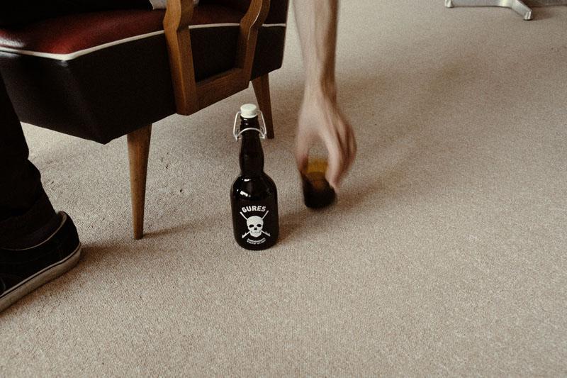 bodegón con la botella Gures