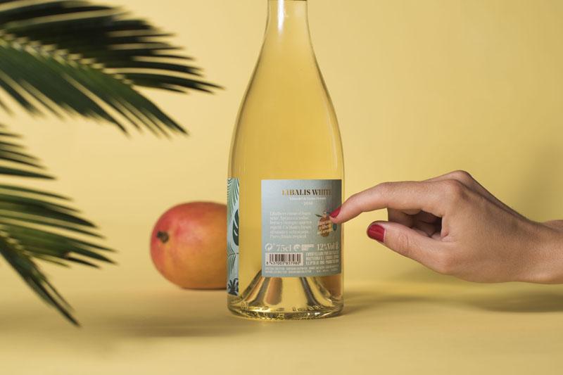 Libalis: mundo tropical en un vino blanco