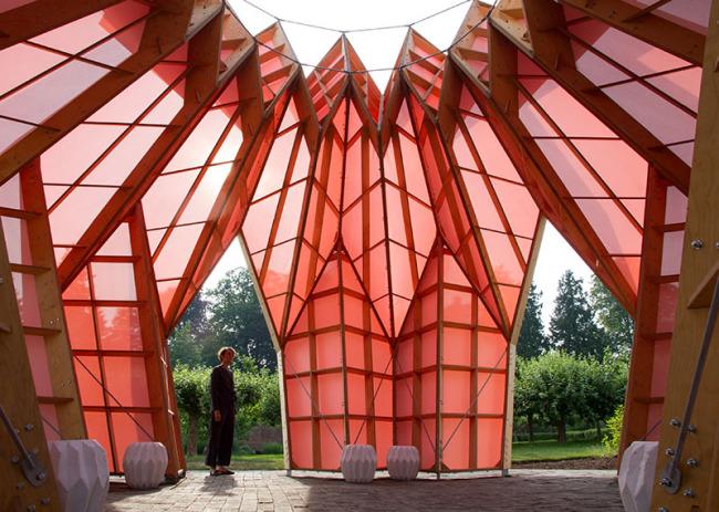 Look! Look! Look! ¡Una piña de origami! de Studio Morison