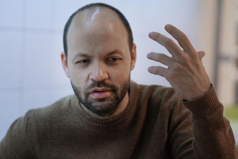 Entrevista a Miguel Noguera, autor de Ultraviolencia