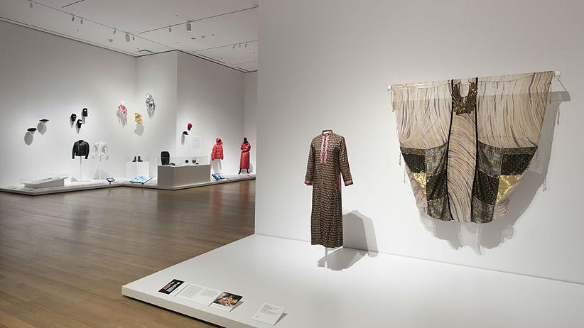 Historia-crítica de la moda en el MoMA