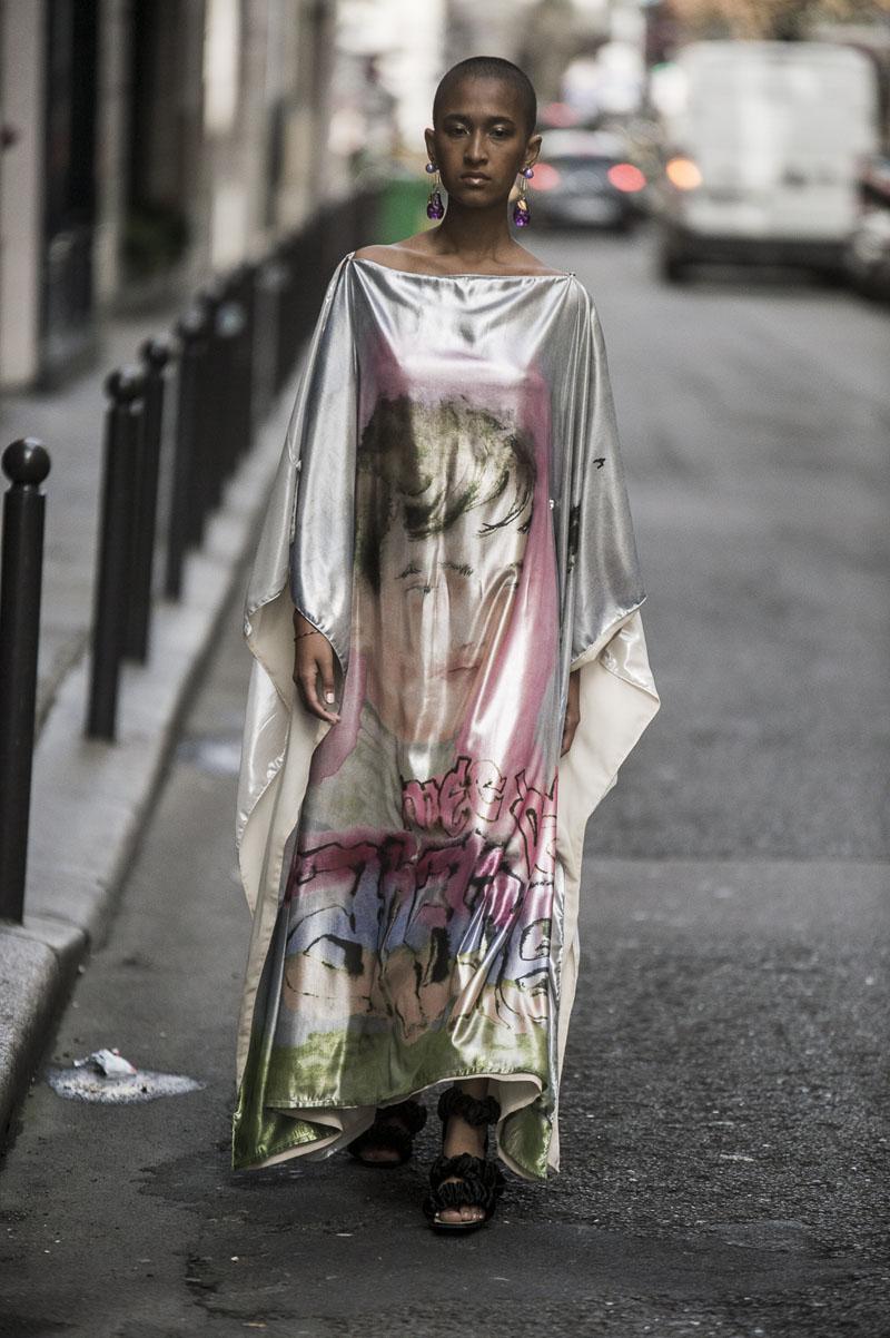 Neith-Nyer-ss19-05 Neith Nyer SS19 desfila en las calles de París