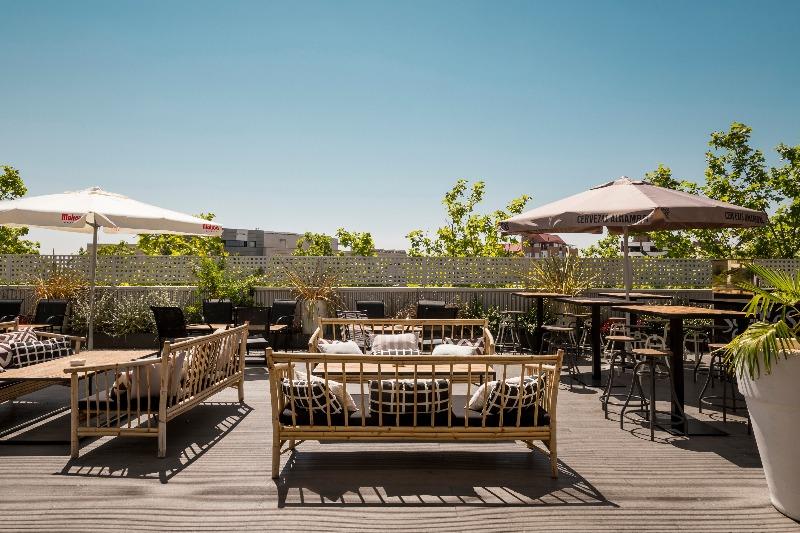 Terraza Babel: exotismo en la periferia de Madrid