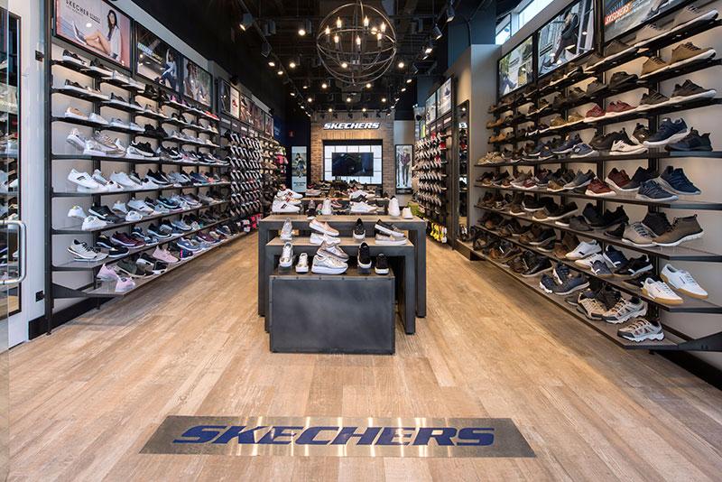 BarcelonaEl Skechers En Nueva Maquinista Tienda jqR3L54A