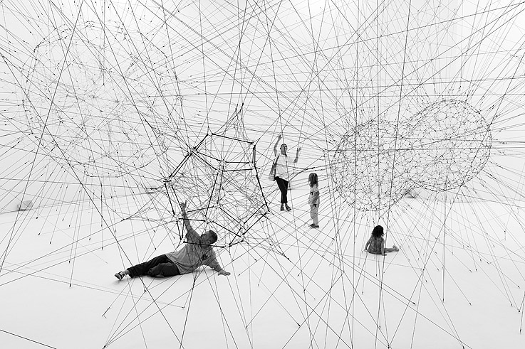 On Air - Tomás Saraceno